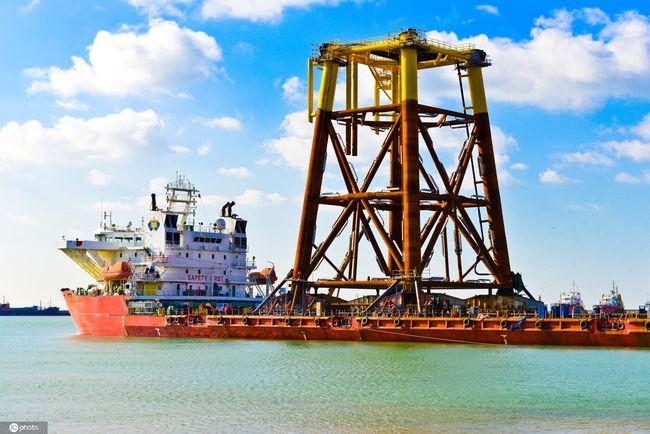 上港集团与上海石油天然气交易中心探讨战略合作